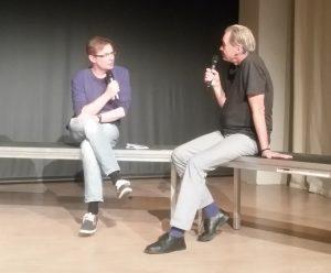 Moderator Robert Schoen im Gespräch mit Helmut Hostnig. Bild: Jochen Meißner.